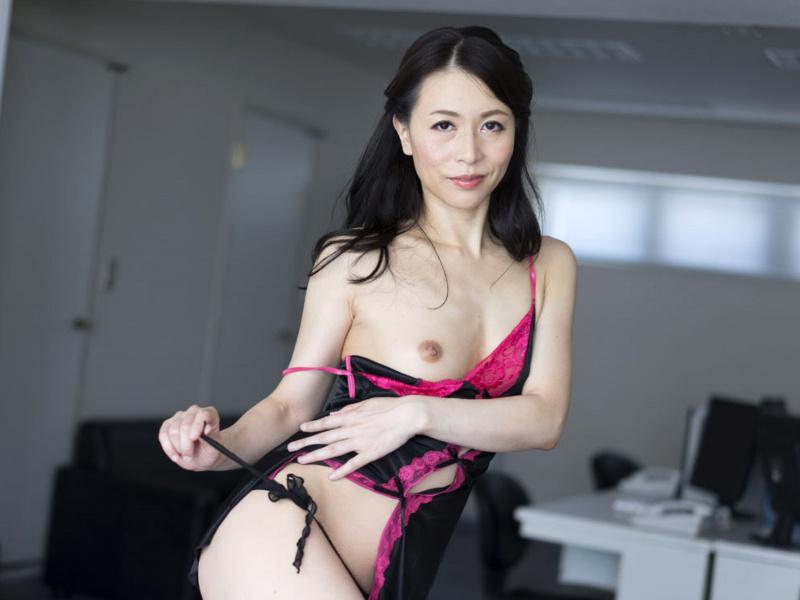 井上綾子 無修正画像
